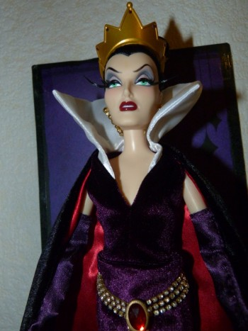Disney Villains Designer Collection (depuis 2012) - Page 2 Petit_66152