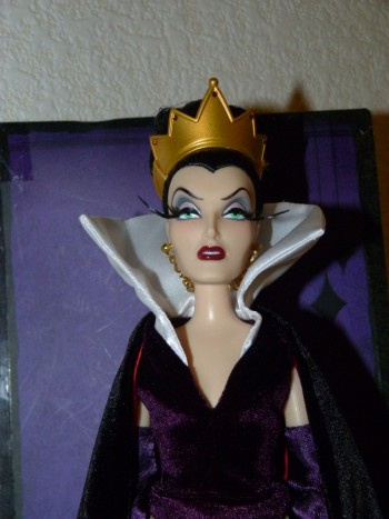 Disney Villains Designer Collection (depuis 2012) - Page 2 Petit_66153