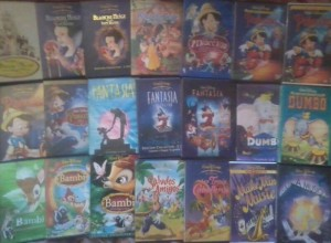 Votre Collection Disney - Page 6 Petit_73998