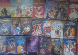 Votre Collection Disney - Page 6 Petit_73999