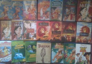Votre Collection Disney - Page 6 Petit_74003